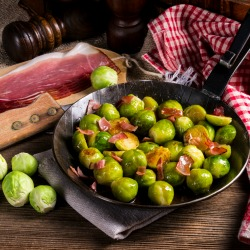 Honey caramelized brussels sprouts with ham